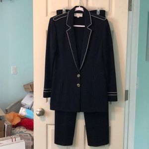 ST. JOHN COLLECTION by Marie Gray pantsuit